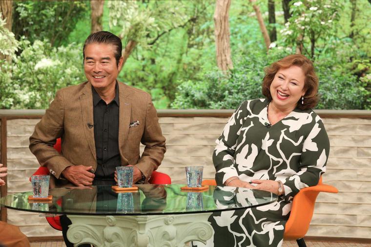 結婚40周年、勝野洋&キャシー中島夫妻に学ぶ夫婦の形 - サワやか ...